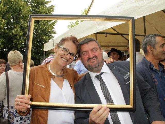 Le mariage de Jean-Claude et Mélanie à Belvezet, Lozère 63