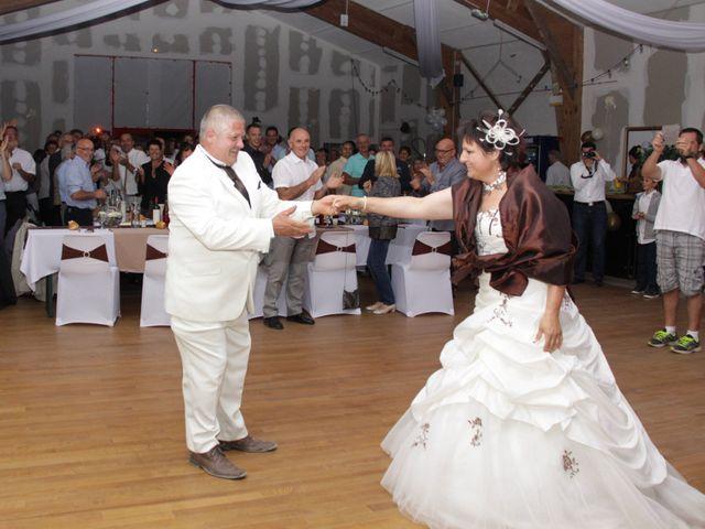 Le mariage de Jean-Claude et Mélanie à Belvezet, Lozère 75