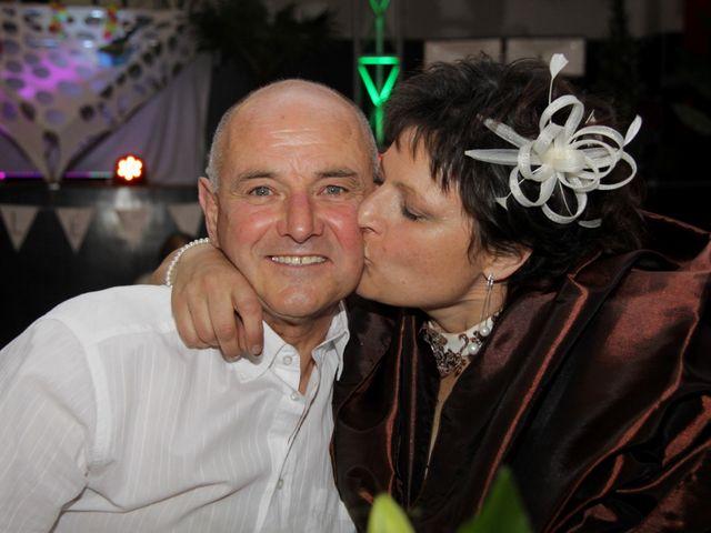 Le mariage de Jean-Claude et Mélanie à Belvezet, Lozère 77