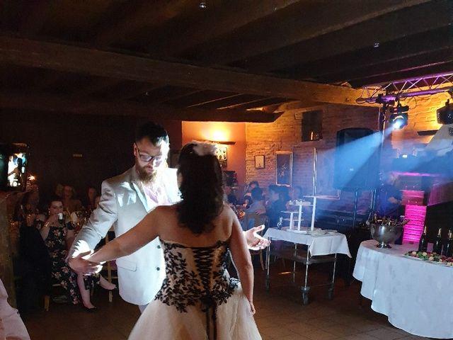 Le mariage de Thomas  et Julie  à Roques, Haute-Garonne 15