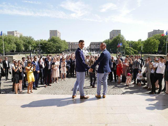 Le mariage de Alexandre et Nicolas à Le Havre, Seine-Maritime 32