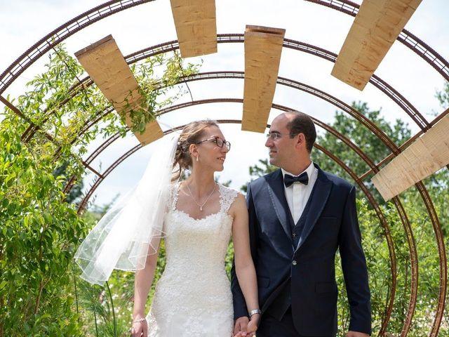 Le mariage de Sébastien  et Gwenaelle à Poitiers, Vienne 14