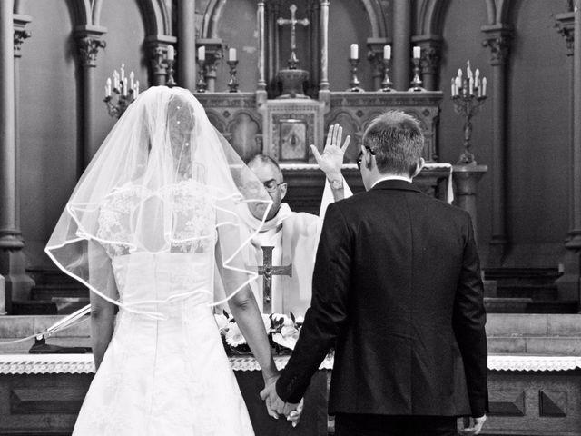 Le mariage de Aurélien et Clarisse à Sedan, Ardennes 33