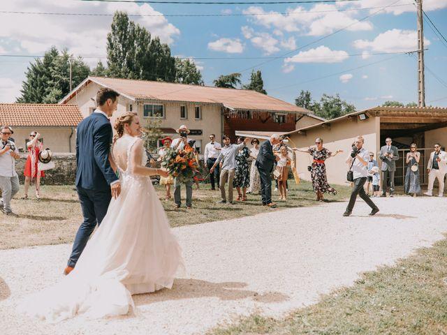 Le mariage de Guillaume et Marie à Vignieu, Isère 17