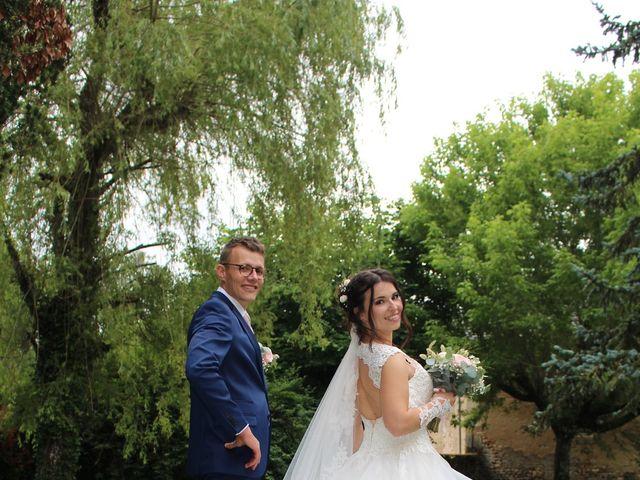 Le mariage de Stephane et Aurelie à Crain, Yonne 3