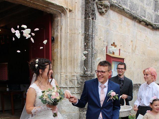 Le mariage de Stephane et Aurelie à Crain, Yonne 4