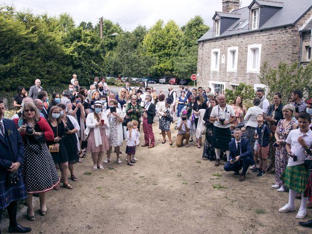 Le mariage de Florent et Anne-Sophie à Dol-de-Bretagne, Ille et Vilaine 32