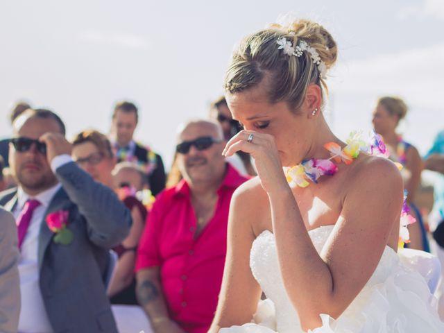 Le mariage de Julien et Caroline à Valras-Plage, Hérault 32