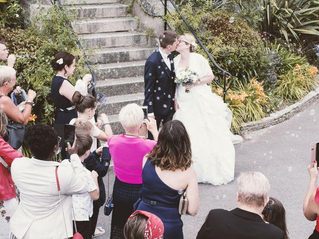 Le mariage de Déborah et Grégory à Saint-Briac-sur-Mer, Ille et Vilaine 16
