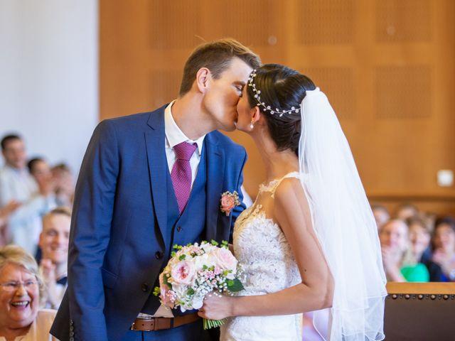 Le mariage de Thomas et Souhir à Vallet, Loire Atlantique 13