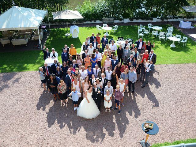 Le mariage de Vincent et Caroline à Armentières, Nord 10