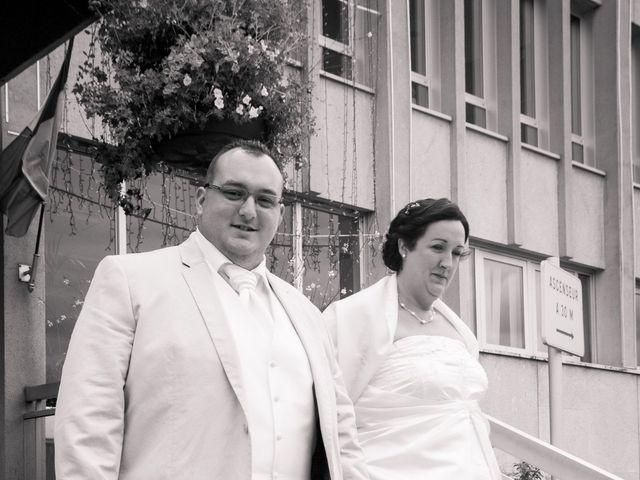 Le mariage de Bertrand et Rachel à Sainte-Sigolène, Haute-Loire 4