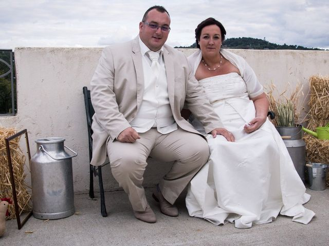 Le mariage de Bertrand et Rachel à Sainte-Sigolène, Haute-Loire 10