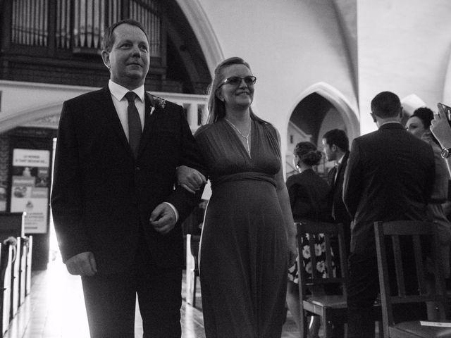 Le mariage de Amélie et Thomas  à Linselles, Nord 31