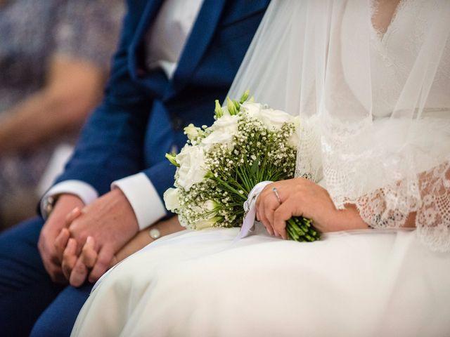 Le mariage de Amélie et Thomas  à Linselles, Nord 36
