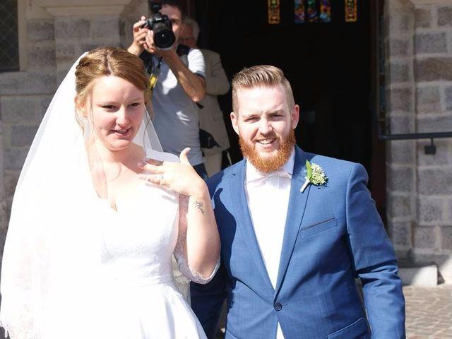 Le mariage de Amélie et Thomas  à Linselles, Nord 42