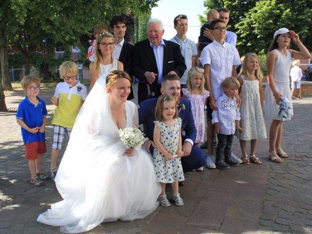 Le mariage de Amélie et Thomas  à Linselles, Nord 45