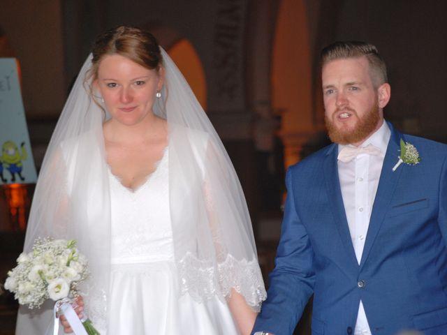 Le mariage de Amélie et Thomas  à Linselles, Nord 40