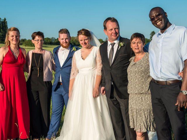 Le mariage de Amélie et Thomas  à Linselles, Nord 86