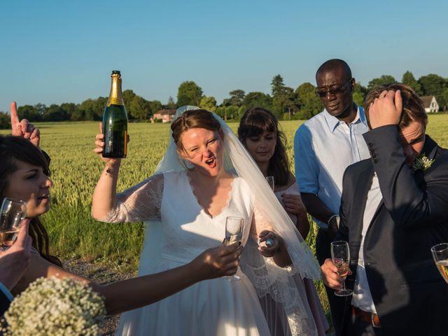 Le mariage de Amélie et Thomas  à Linselles, Nord 94