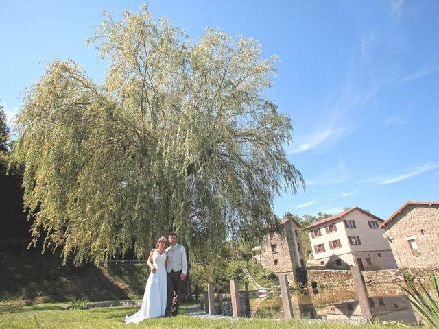 Le mariage de Arnaud et Fidelia à Chevrières, Loire 19