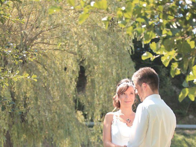 Le mariage de Arnaud et Fidelia à Chevrières, Loire 20
