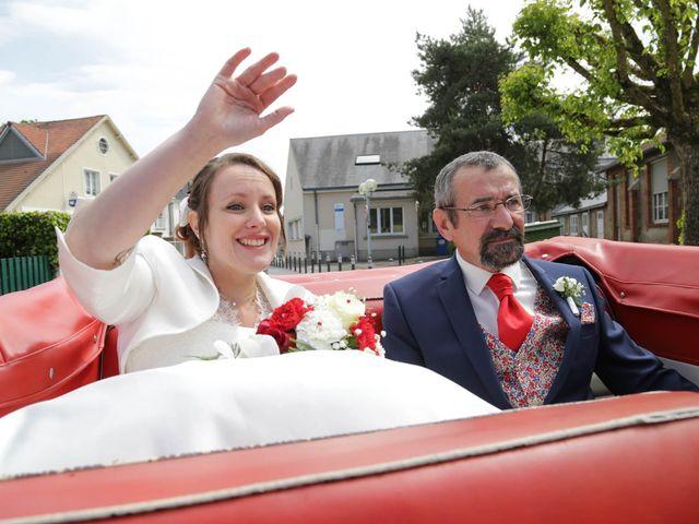 Le mariage de Maxime et Tiphanie à Vienne-en-Val, Loiret 17