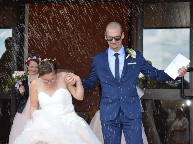 Le mariage de Thomas et Elodie à Gien, Loiret 20