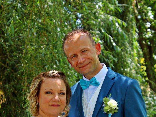 Le mariage de Frédéric et Caroline à Saint Martin la Pallu, Vienne 7