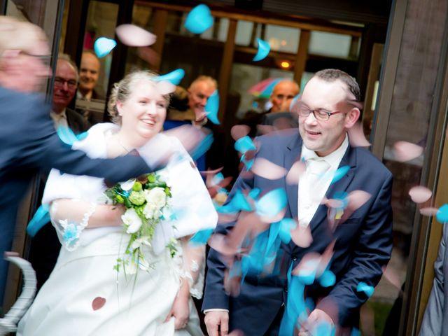 Le mariage de Cyril et Fanny à Roscoff, Finistère 6