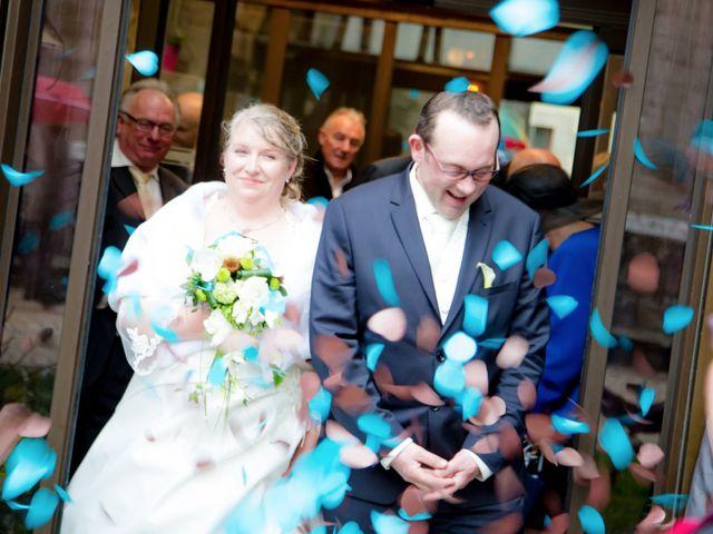 Le mariage de Cyril et Fanny à Roscoff, Finistère 9