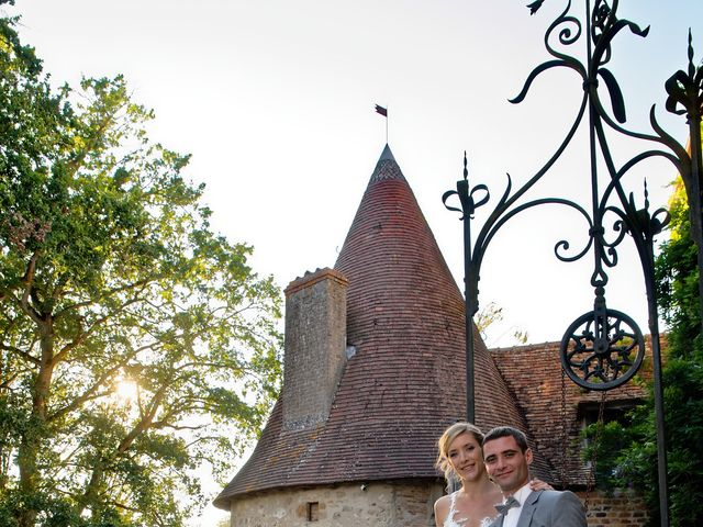 Le mariage de Adrien et Charlotte à Noyant-d'Allier, Allier 26