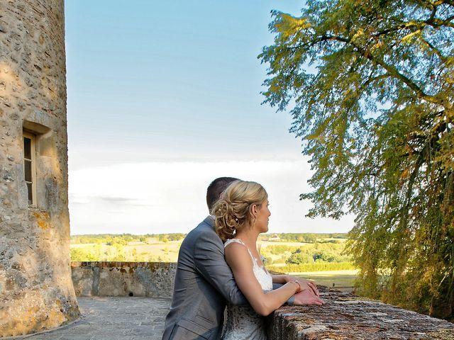 Le mariage de Adrien et Charlotte à Noyant-d'Allier, Allier 25