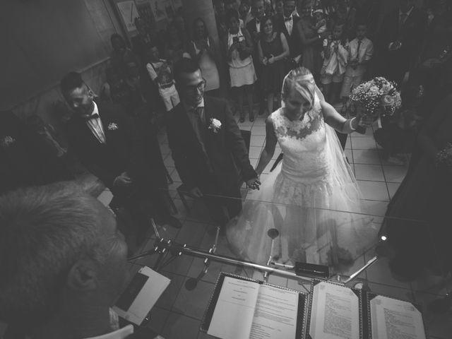 Le mariage de Nans et Lucille à Lauris, Vaucluse 19