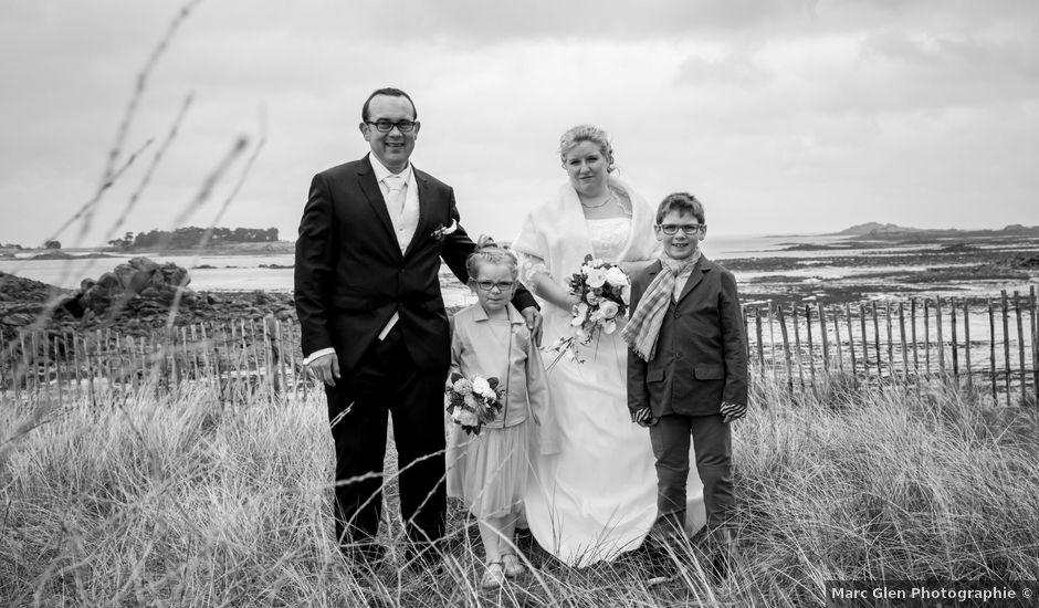 Le mariage de Cyril et Fanny à Roscoff, Finistère