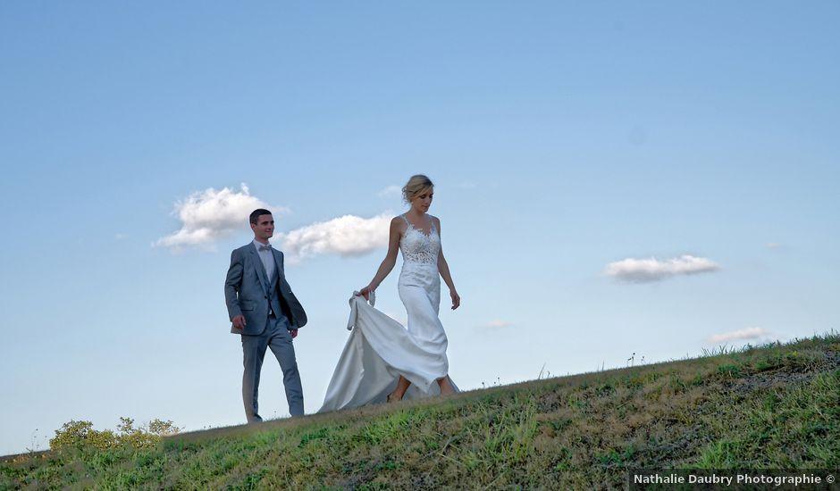 Le mariage de Adrien et Charlotte à Noyant-d'Allier, Allier
