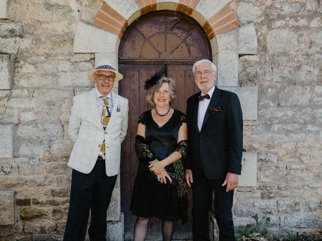 Le mariage de René et Emilie à Benest, Charente 5