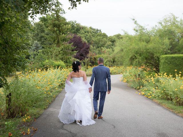 Le mariage de Pascal et Valérie à Sainte-Geneviève-des-Bois, Loiret 12