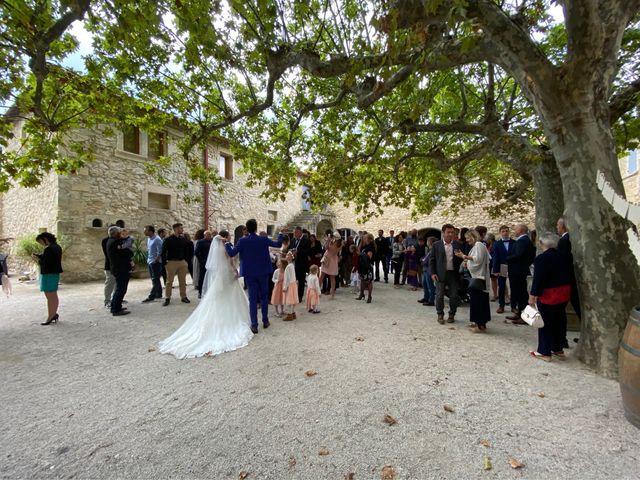 Le mariage de Benjamin et Aurore à Pujaut, Gard 9