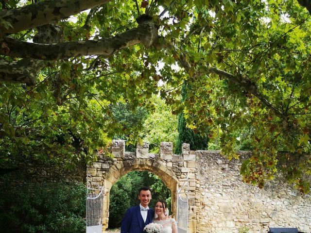 Le mariage de Benjamin et Aurore à Pujaut, Gard 11