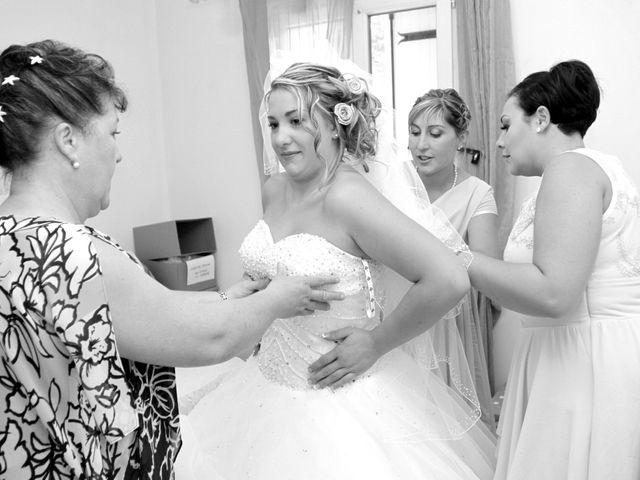 Le mariage de Romain et Sandra à Molières-sur-Cèze, Gard 6