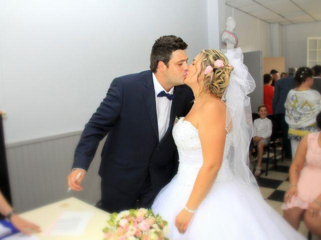 Le mariage de Romain et Sandra à Molières-sur-Cèze, Gard 22