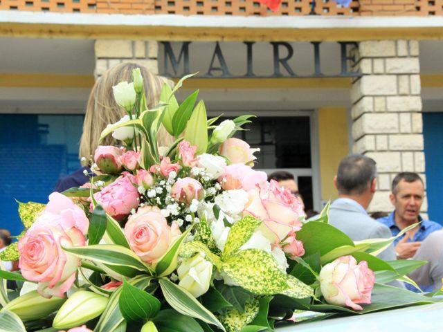 Le mariage de Romain et Sandra à Molières-sur-Cèze, Gard 1