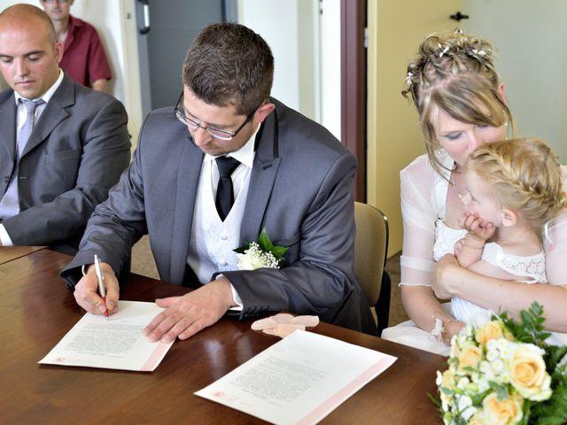 Le mariage de Romain et Audrey à Méobecq, Indre 13