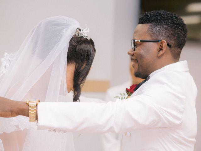 Le mariage de Eric et Laetitia à Vincennes, Val-de-Marne 43