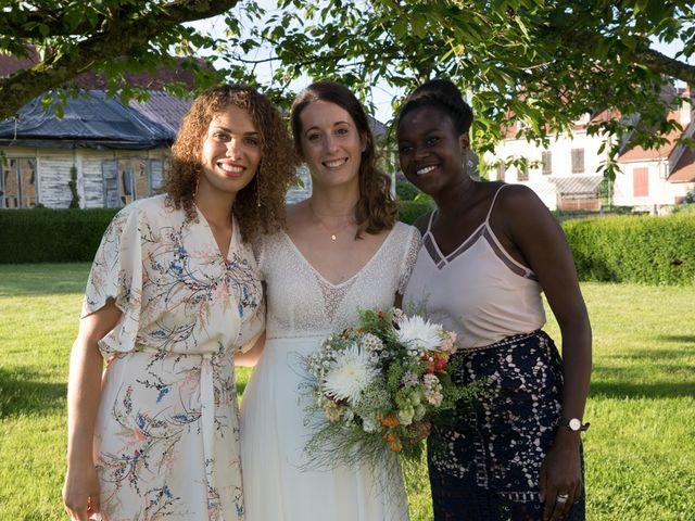 Le mariage de Mathieu et Madeline à Auxerre, Yonne 25