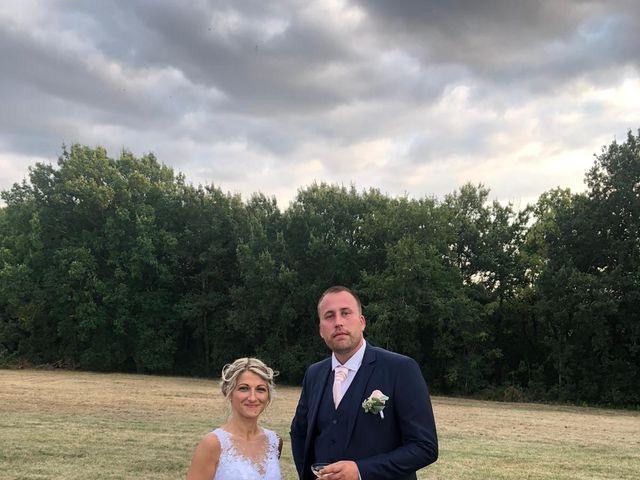 Le mariage de Bertrand et Delphine   à Fieux, Lot-et-Garonne 12