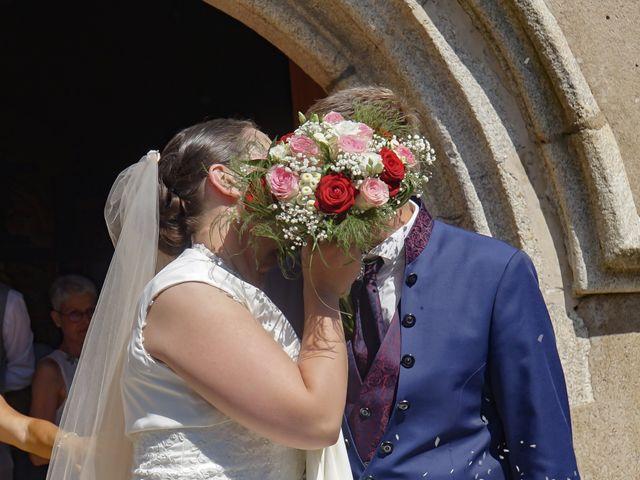 Le mariage de Clément et Axelle à Landeronde, Vendée 14
