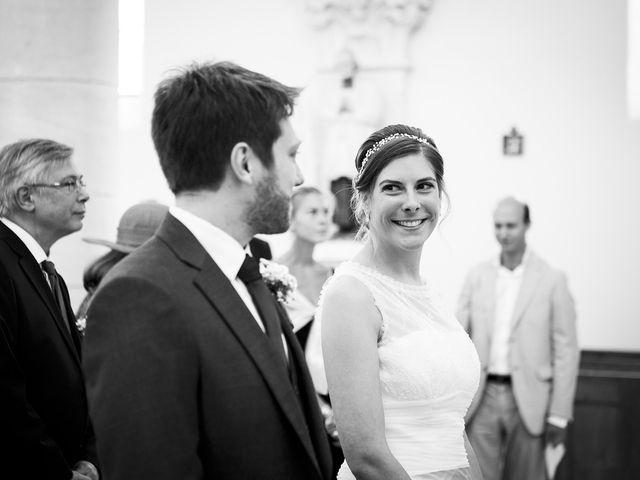 Le mariage de Adrien et Laure à Villié-Morgon, Rhône 37