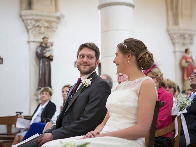 Le mariage de Adrien et Laure à Villié-Morgon, Rhône 41